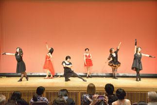 6.ビクトリー|岩槻のmetanジャズダンスサークル。やっぱりジャズダンス大好き!踊りたい!というメンバーが集まっています。大人っぽいジャズを披露。