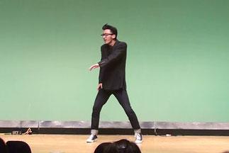 Mr.Shunは、西野カナさんのPVにも出演して、最近大注目のソロダンサー。目当てに来る人も増えてます。