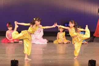 1-07.プリンセスジュニア(ゆーみん)|少しお姉さんチームのプリンセス。テーマパークみたい♪