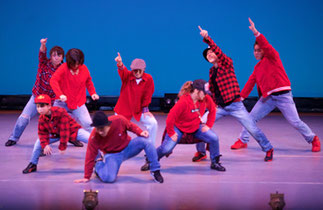 2-03.ロック(NOBOO)|みんな笑顔になっちゃうハッピーなダンス♪先生も楽しそう!