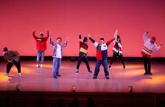 2-10.講師ナンバー|魅力的な講師陣の本気のダンスで盛り上げます!