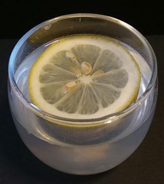 白湯レモン