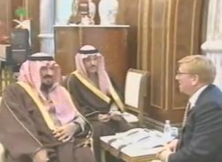 """Delano Roosevelt présente """"Friends of Saudia Arabia"""" à Son Altesse le Prince  Héritier Sultan, décédé en 2011"""