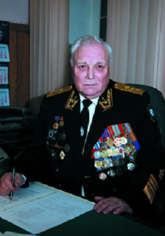 AMIRAL Anatoli KOMARITSYNE né en 1946, Président de la Société de 2002 à 2009.