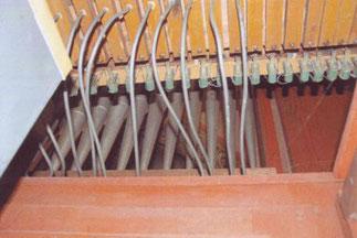 Membranleiste, Pneumatikröhrchen, Klais-Orgel, Hl. Dreifaltigkeit