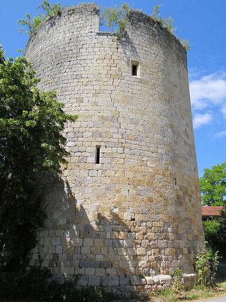 Tour de Castelnau-sur-l'Auvignon