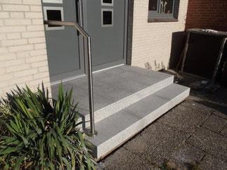 Eingangspodest mit Haustüranlage