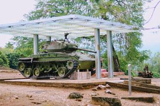 Rundreise-Nordvietnam-Dien Bien Phu-Sieg-Vietnamesen-über-Frankreich-französische-Dschungel-Festung-Panzer-Mueseum-A1