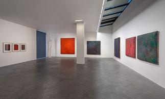 Blick in die Ausstellung Gotthard Graubner im Museum Lothar Fischer Foto: Andreas Pauly