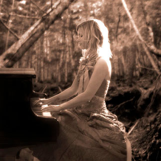 Iken Wittek Wald Piano