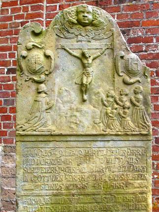 Grabplatte von 1649 !!
