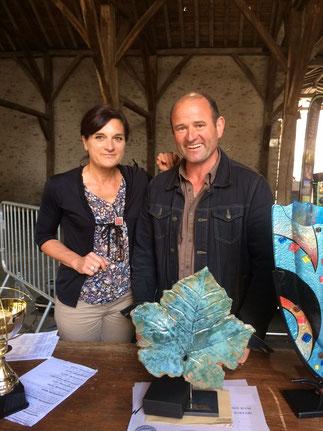 """Récompense trophée feuille de vigne """"Terres Nathales"""" pour le Domaine Ménard Gabory, à Monnières (44)"""