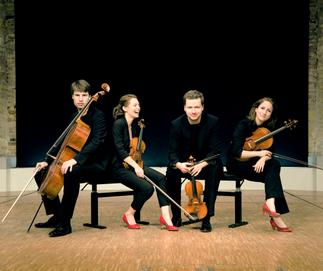 Peter-Philipp Staemmler, cello / Johanna Staemmler, violin / Martin Funda, violin / Teresa Schwamm, viola.