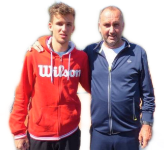 Foto: Noel Larwig mit Trainer Maik Schürbesmann