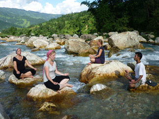 Panchassee Yoga Trek in Nepal, Meditation in Mutter Natur; Yoga Urlaub in Nepal, Yoga Trekking in Nepal