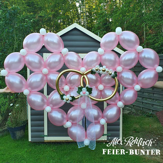 Feier bunter Hochzeit link o loon Herz Deko außen Saal Herz Ringe rose gold Aachen Düren Köln Blumen
