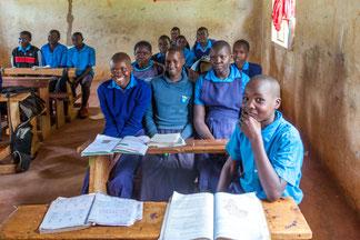 Ein paar unserer Kinder im Unterricht