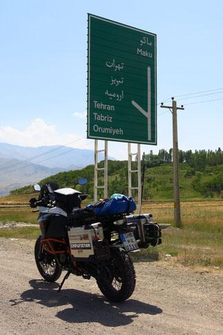 Nach Teheran sind es 800km...