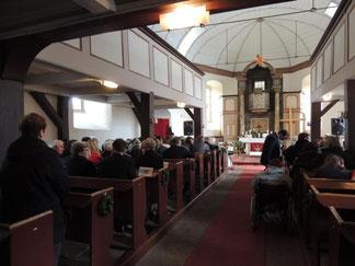 Viele Gäste kamen in das Gotteshaus
