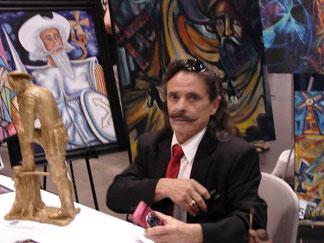 El escultor y artista plastico RAFAEL PICON es el Vice Presidente de AIPEH