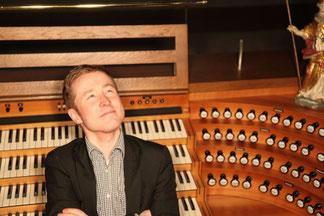 St.Ludger Dom zu Billerbeck mit der Orgel und dem Kantor Lukas Maschke. Besuchen Sie den Dom im Urlaub im Münsterland