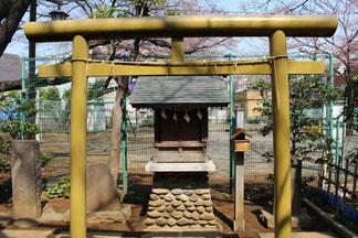 道灌霊社・妙義神社の末社