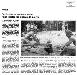 Ouest France 1994 - Des fouilles au pied des menhirs - Faire parler les géants de pierre