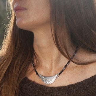 collier pendentif ethnique argent massif cadenas Hmong