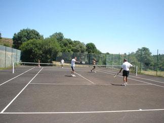 Location de vacances avec tennis privé