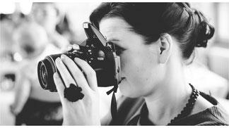 Fotokurse- und Workshops  ab 149,- EUR -  in einem persönlichen Fotokurs mit maximal 2 Personen fotografieren lernen in meinem Studio mit Tageslicht oder Lichttechnik, Streetfotografie oder an anderen - Dirk Brzoska Fotografie aus Leipzig