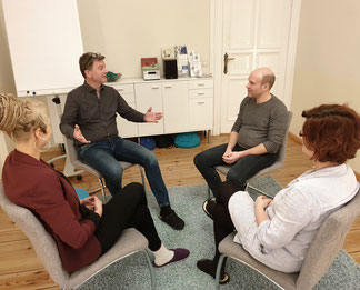 teamentwicklung und teambuilding in Beratungspraxis family first Berlin Pankow - Teamtag - Supervision - Kommunikation