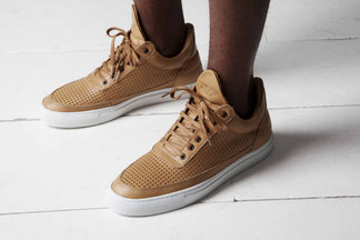 PERFORATED STRIPED LOW TOP coloris Veg Tanned Leather