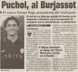 AÑO 2002. EL FICHAJE DE RAFA PUCHOL POR EL DECANO. FOTO: SUPERDEPORTE