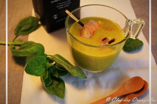 Soupe de melon confit, basilic frais & crevettes