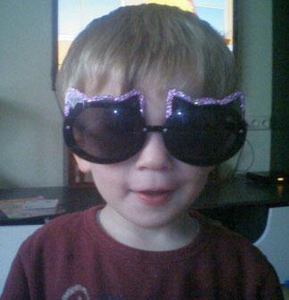 Philipp mit meiner Faschingsbrille