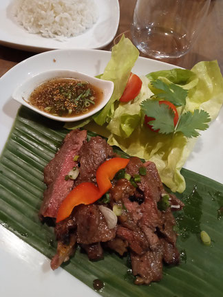 Thai-restaurant-Tours-Loire-Valley-Asian-food