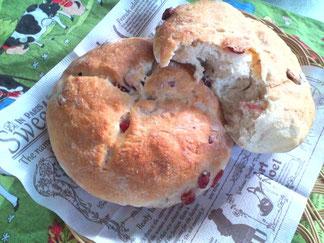 こねないパン、クランベリーパン