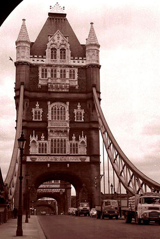 die legendäre Tower-Bridge