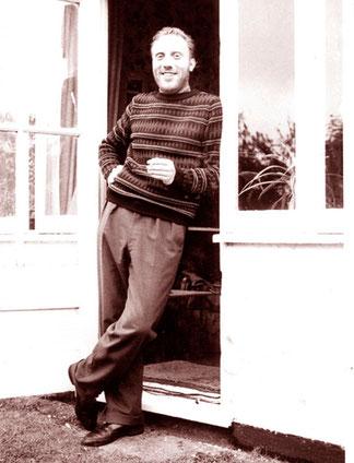 Malcolm Everett, Mathematiker, Musiker und Schauspieler