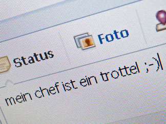 Nur nicht ausfallend werden: Viele Internet-Nutzer stört der raue Ton im Netz. Foto: Mascha Brichta