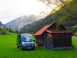 unser erster Stellplatz in Pfunds, vor der Schweizer Grenze