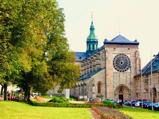 ein mächtiger Klosterbau mit widersprüchlicher Entwicklung