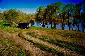 idyllischer Stellplatz an einem kleinen See