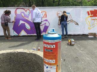 Insgesamt 10 Graffiti-Workshops konnten 2019 realisiert werden, wie hier im Hasseler Fritz-Erler-Haus