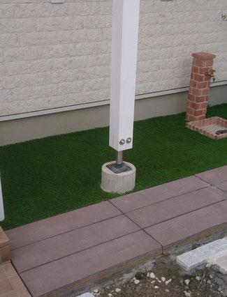 高品質人工芝を貼って終了です