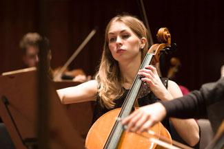 Cello lernen in Berlin-Friedenau, Steglitz, Wilmersdorf bei Cellolehrerin Paulina Livingston