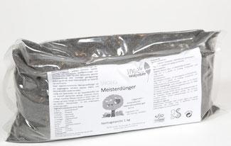 Snoeks Meisterdünger ist ein rein biologischer Dünger für Terrasse und Garten. Als biologischer Tomatendünger geeignet. Bei www.the-golden-rabbit.de