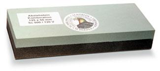 Schleifstein aus Siliciumcarbid für Messer und Gartenscheren bei www.the-golden-rabbit.de