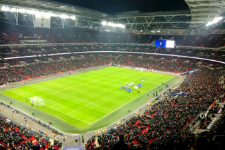 Premier League, Tottenham Everton, Wembley, London, Die Traumreiser