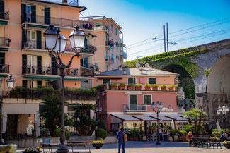 Italien, Italienische Riviera, Zoagli, Marktplatz, Die Traumreiser